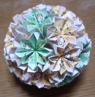 NO.003: まめどうぶつ柄 緑・黄×白 の7.5センチ角