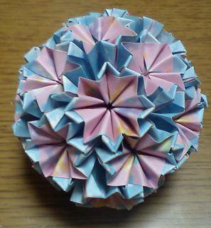 NO.006:ふわ花柄 桃×空 の5センチ角